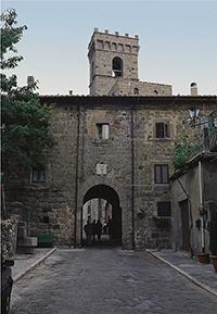 Porta d'ingresso dell'Abbazia di San Salvatore