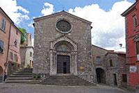 Roccalbegna, Chiesa dei Santi Pietro e Paolo